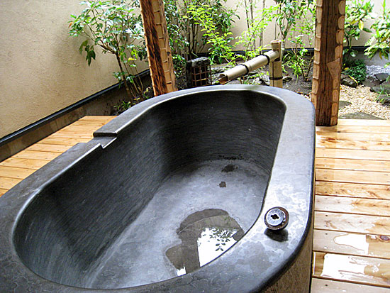 Freestanding Pavement Blue Limestone Bathtub