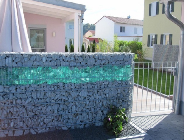 Glass Rocks for Landscaping