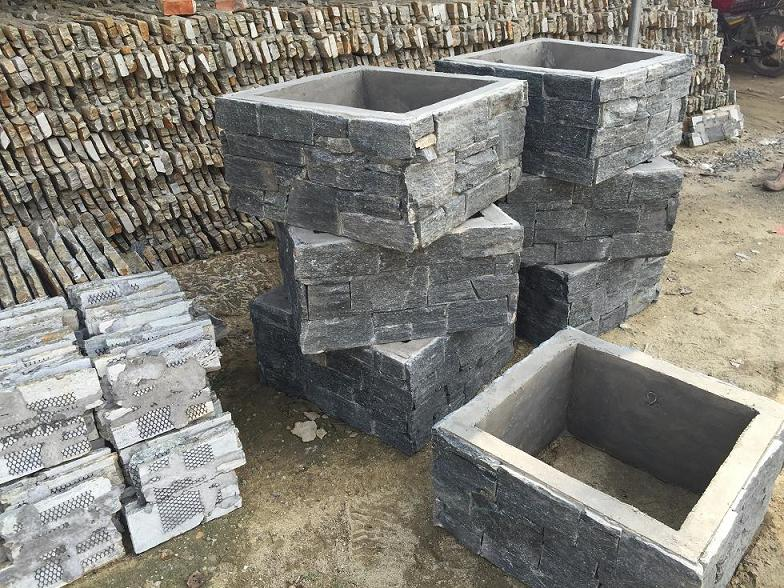 Nature stone slate gate hollow post