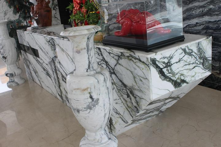 Clivia white ornamental marble stone from China