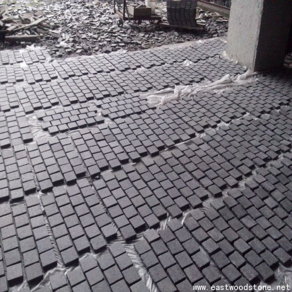 black slate cobble mesh