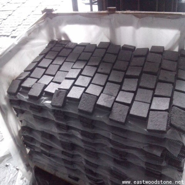 black cobble stone mesh